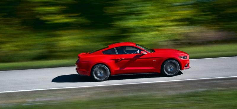 Name:  15FordMustang_08_HR.jpg